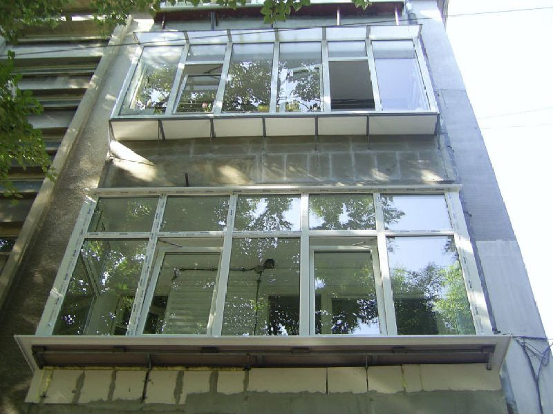PVC terrace with Tilt and Turn windows